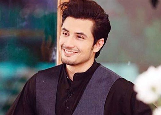 Ali Zafar pays tribute to women through his touching poetry – Daily  Business World